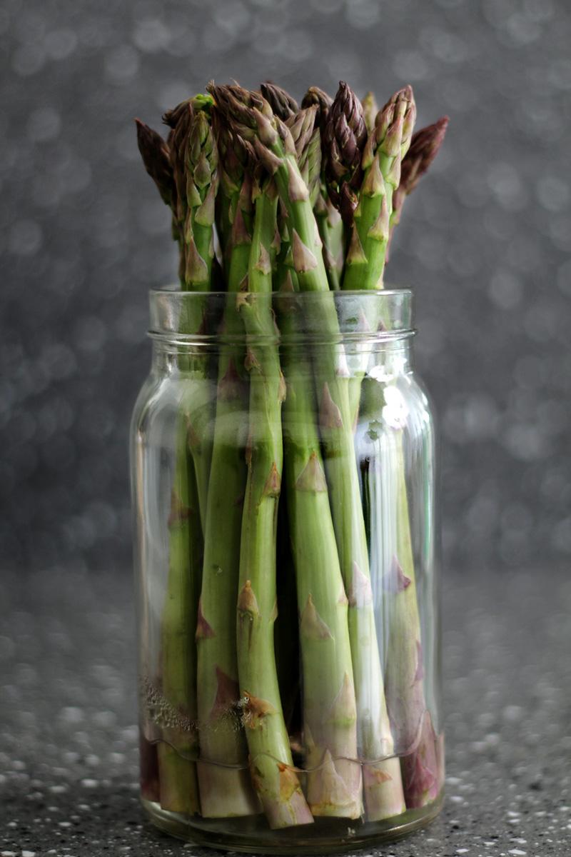 black-olive-asparagus