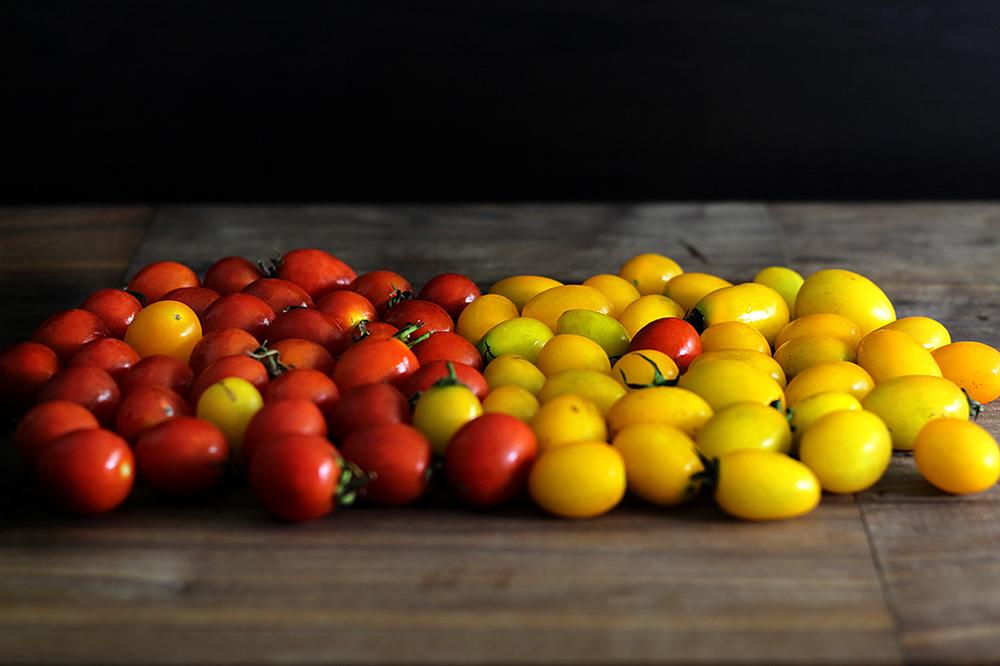 cherry-tomato-vinaigrette-bruschetta