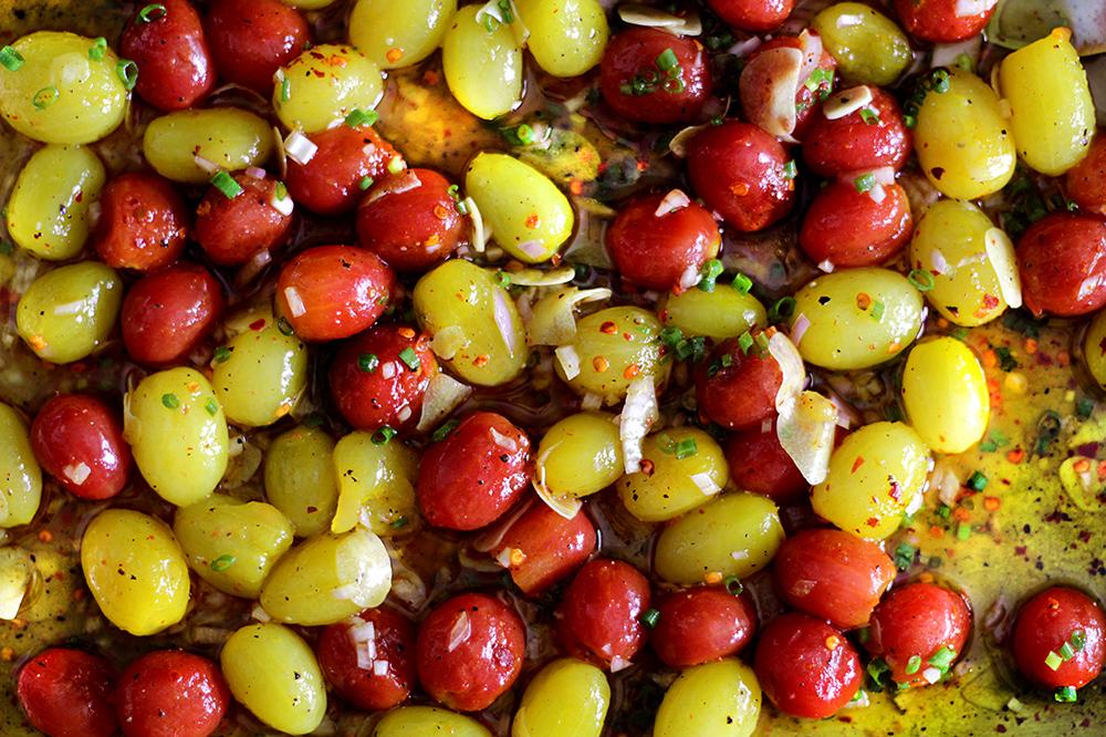 cherry-tomato-vinaigrette-bruschetta8