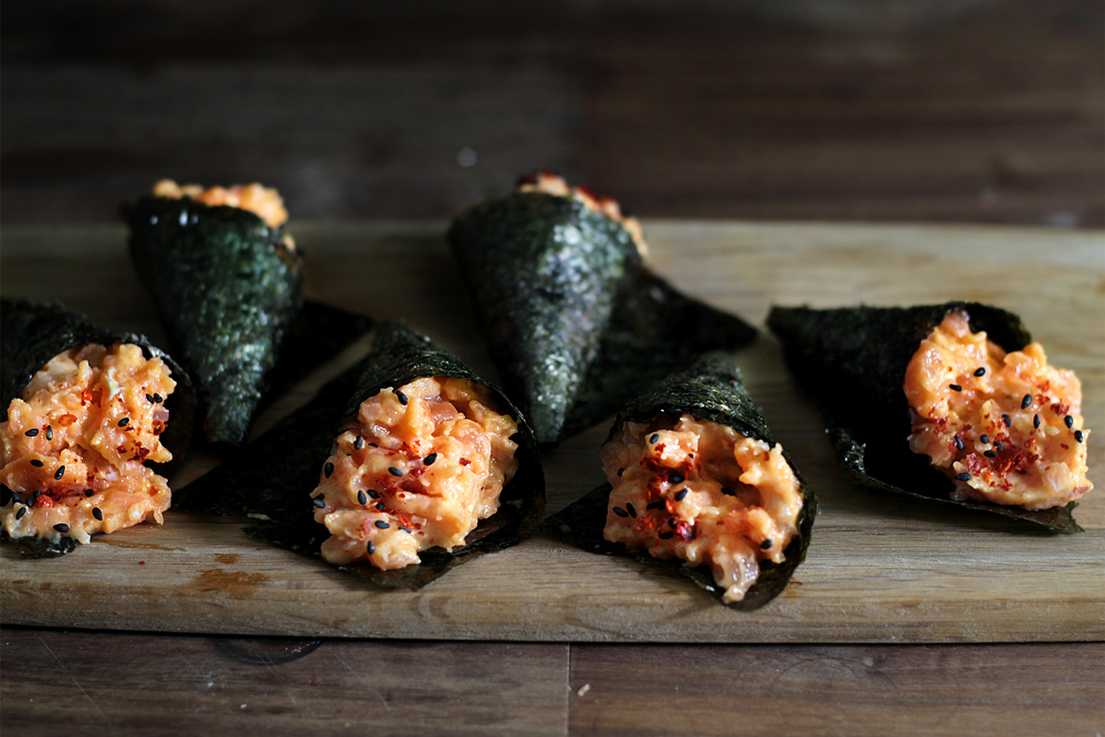 spicy-salmon-hand-roll13