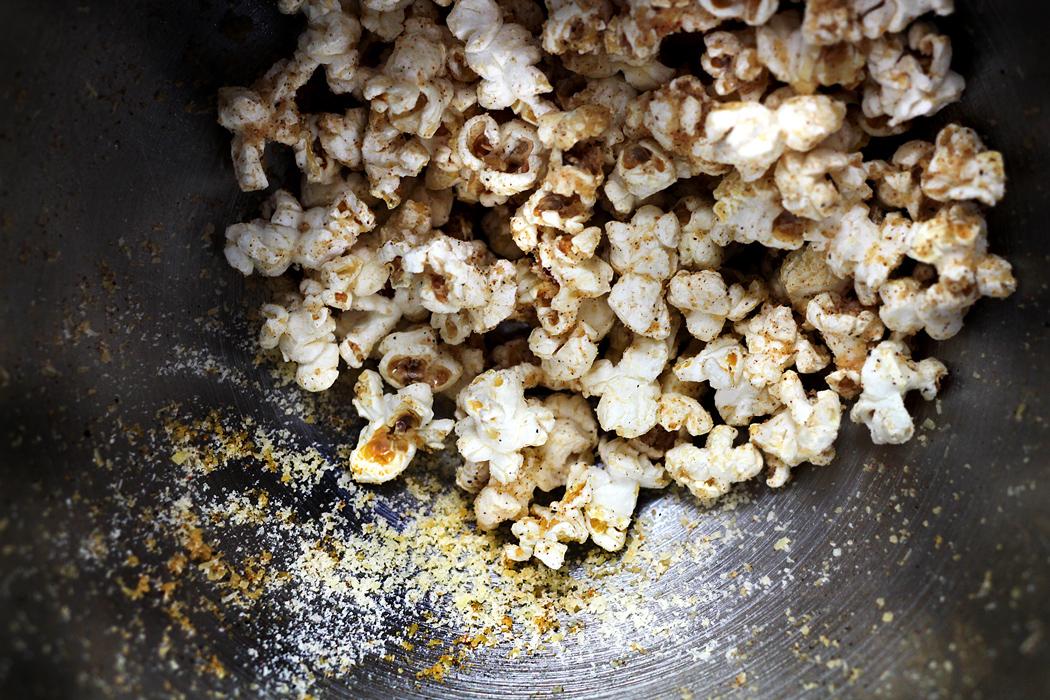 t-cheesy-popcorn09