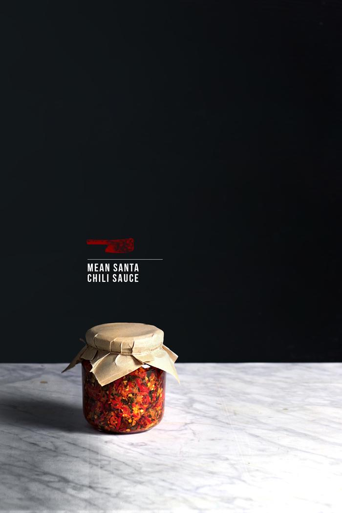 mean-santa-chili-sauce20
