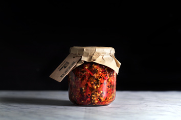 mean-santa-chili-sauce24