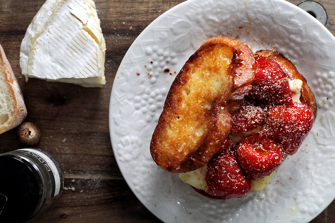 strawberry-brie-grilled-cheese16