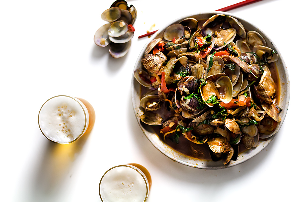 TAIWAN BEER-HOUSE WOKED CLAMS