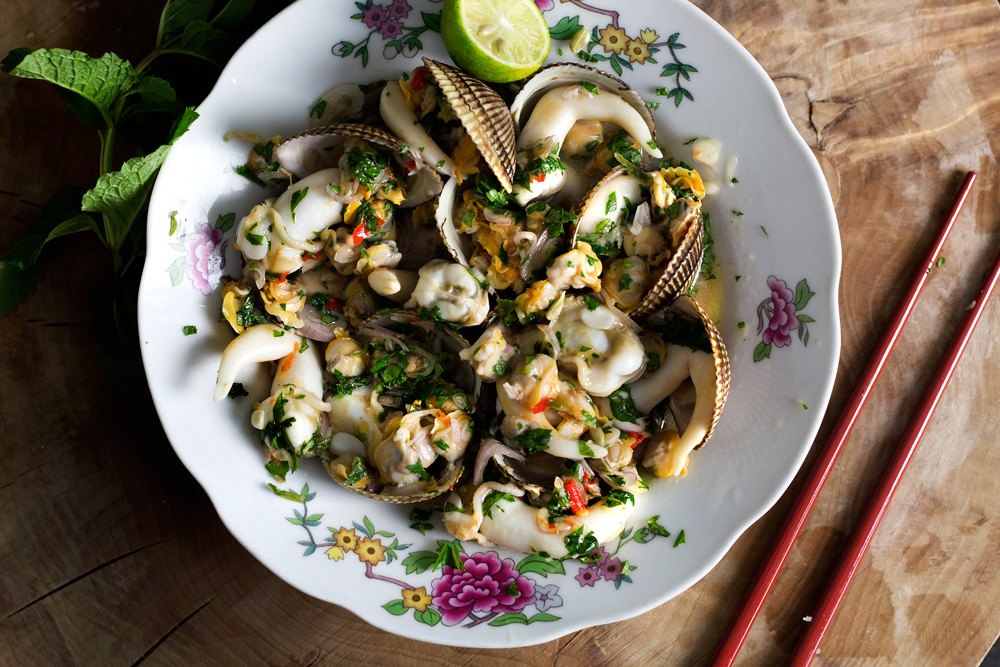 THAI SPICY BRINY COCKLE SALAD