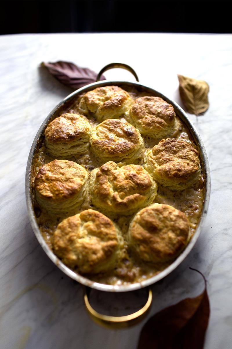 biscuit-gravy-casserole16