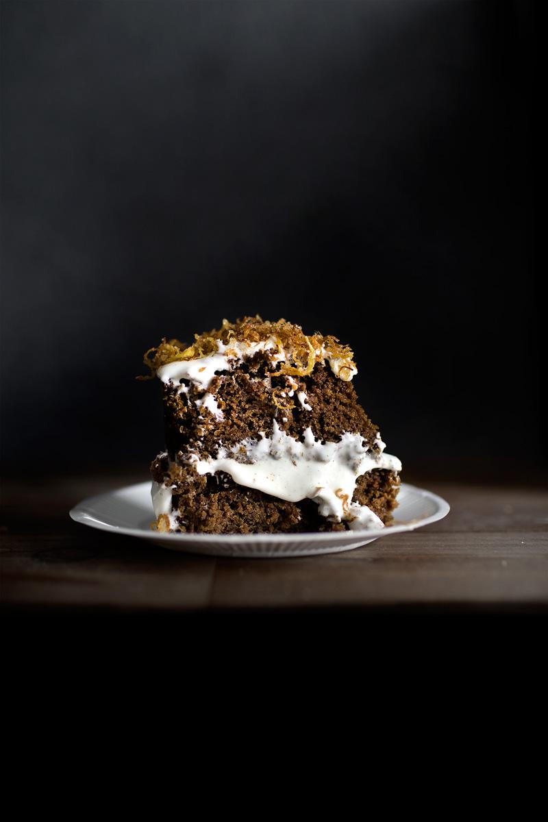carrot-gingerbread-cake17