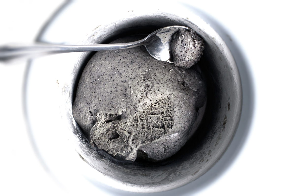 BLACK SESAME MOCHI ICE CREAM FOR EM'S BB-SHOWER