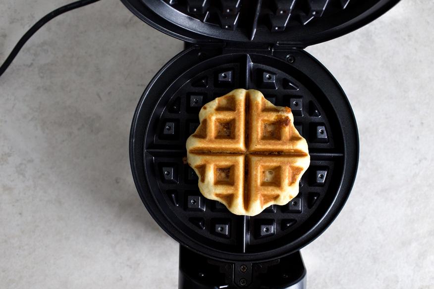 brioche-waffle-w-peanut-brittle10