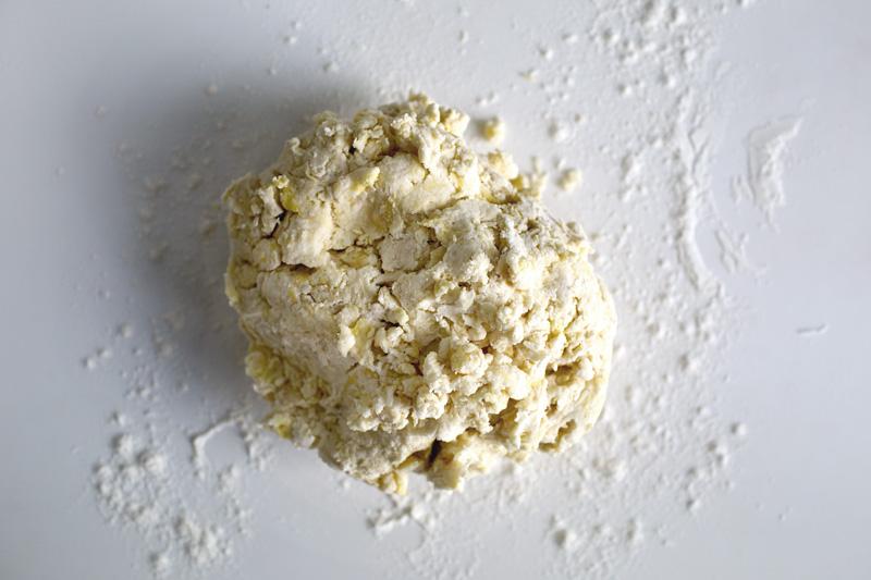 ricotta-stuffed-scone-03