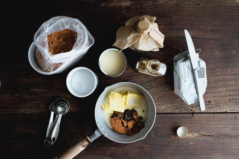 sticky-toffee-pancake01